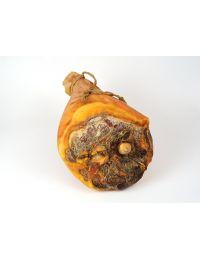 jambon-cru-entier