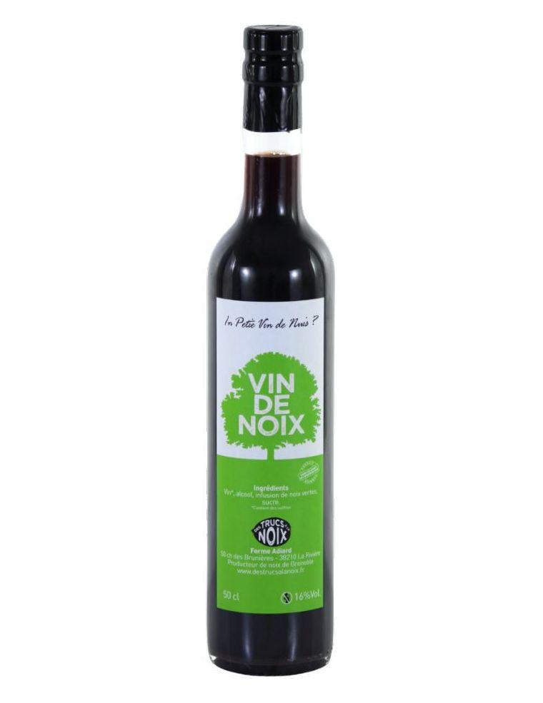 Vin de Noix Artisanal - Des Trucs à la Noix